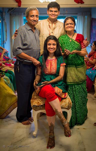 Jay Pooja Mehandi-336.jpg