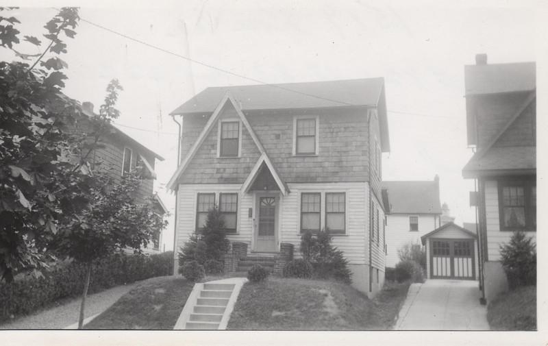 1519 ROSE TERR 1930.jpg
