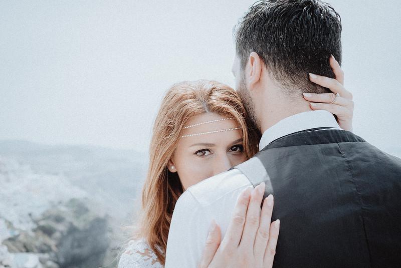 Tu-Nguyen-Wedding-Photography-Videography-Hochzeitsfotograaf-Engagement-Santorini-Oia-Greece-Thira-40.jpg