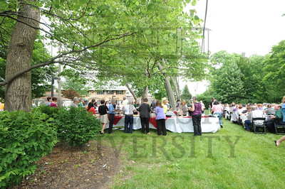 13765 Faculty Staff Retirees Picnic 6-2-14