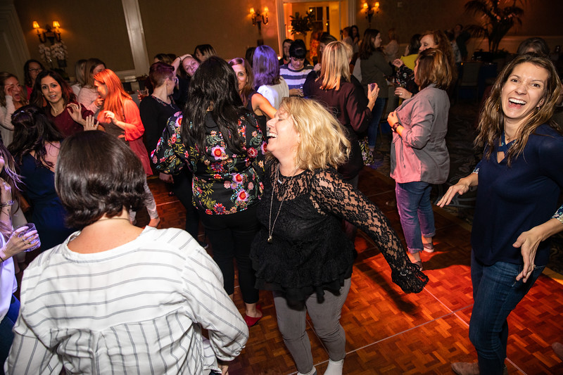 January 2019_Leadership Council_dance party-1020.jpg