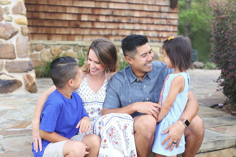 MM Canlas Family -14.jpg