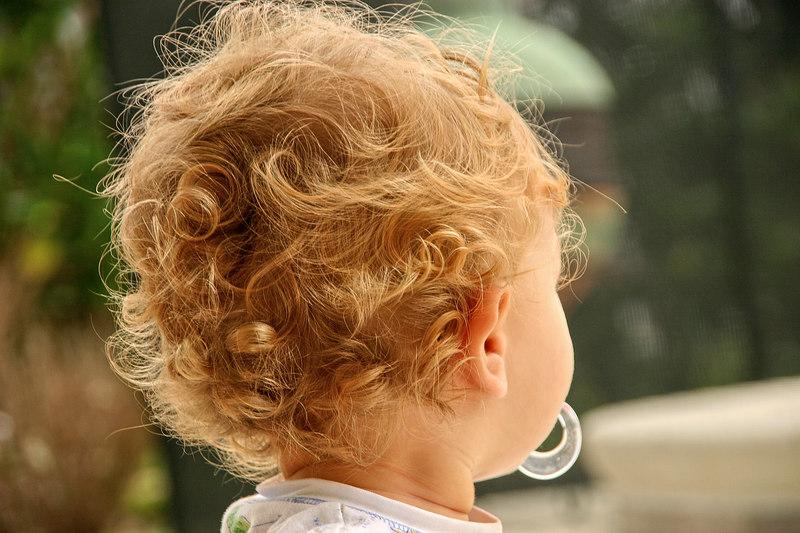 Curly q's.