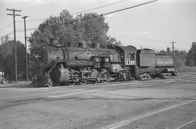 UP_2-8-2_2520_Salt-Lake-City_Oct-5-1947_002_Emil-Albrecht-photo-230-rescan.jpg