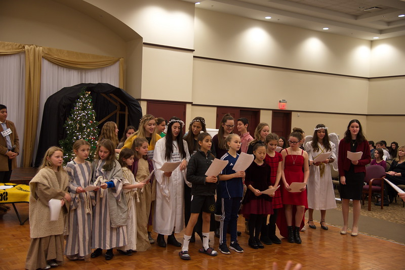 2018-12-16-Christmas-Pageant_264.jpg