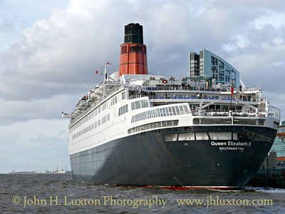 Queen Elizabeth 2 - Liverpool - 2008