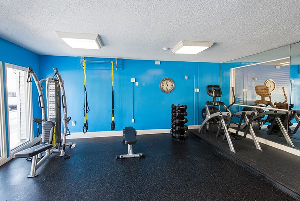 12_15 Meadowbrook Fitness Center