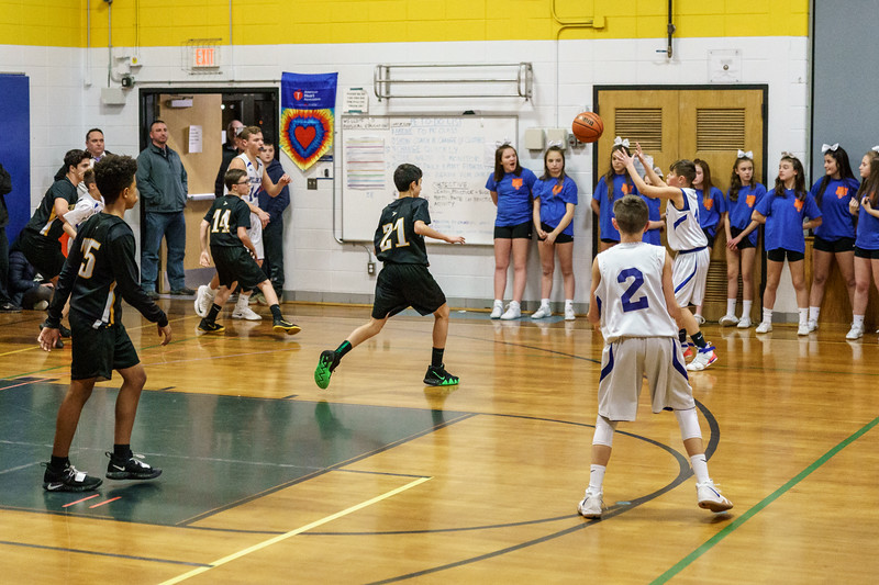 20190107-181340_[PMS Basketball vs. Timberlane]_0106.jpg