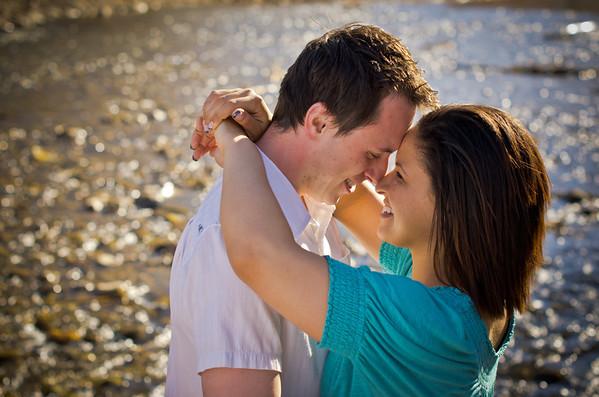 Scott & Tiffany :: Engaged!