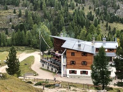 Dolomites Rifugios