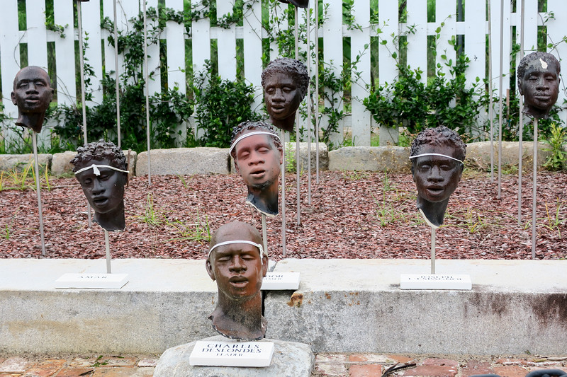 busts of slaves exhibition