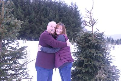 11-25-18 Amy & Bruce Christmas Tree Mini