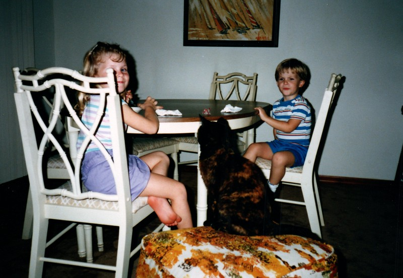 1986_December_Holiday_Visitors_0017_a.jpg