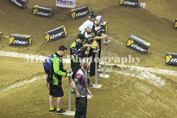 Arenacross Handlebar Race