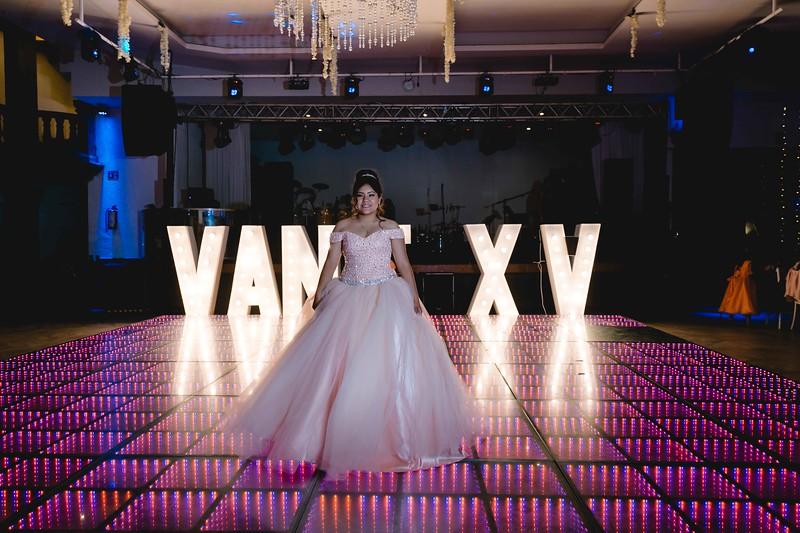 XV Vanessa-142.jpg