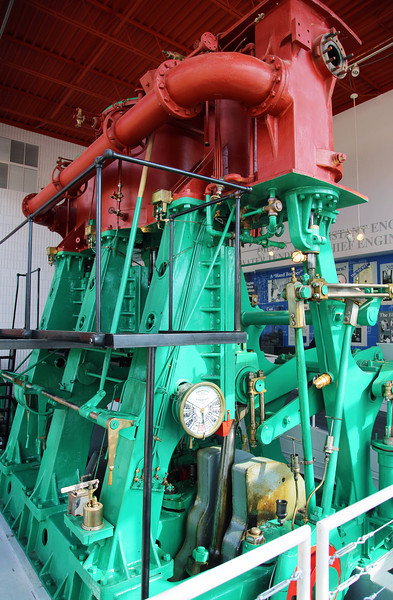 "The Discovery Museum has a triple expansion steam engine -- the ""Chief Wawatam"""