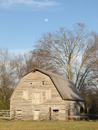 Holly Springs Road Barn