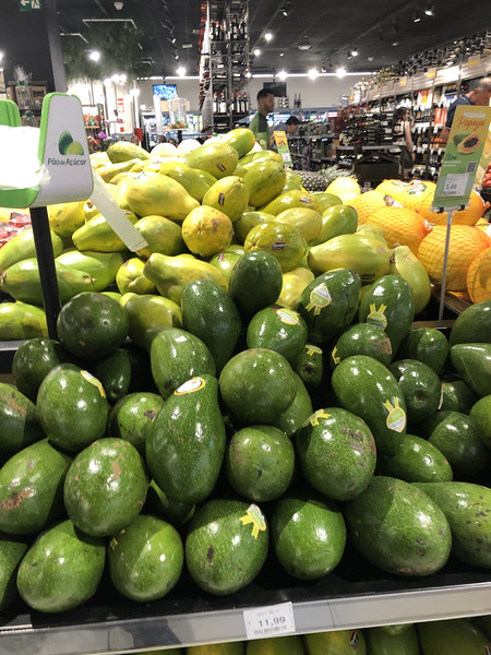 quick stop at the grocery store - avocados and papayas
