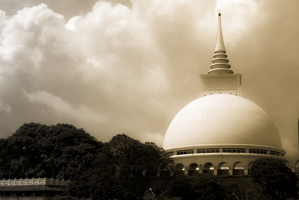 Sri Lankan Buddhist Attractions  2009