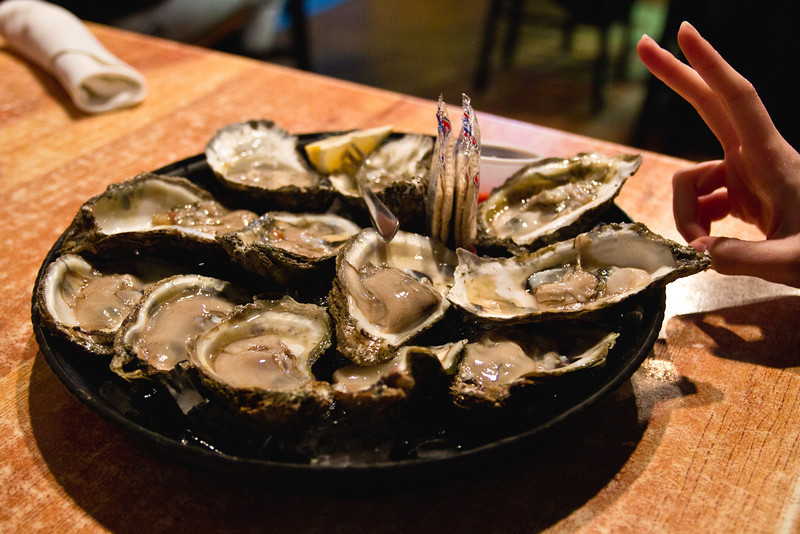 Harpoon Larry's - Oysters