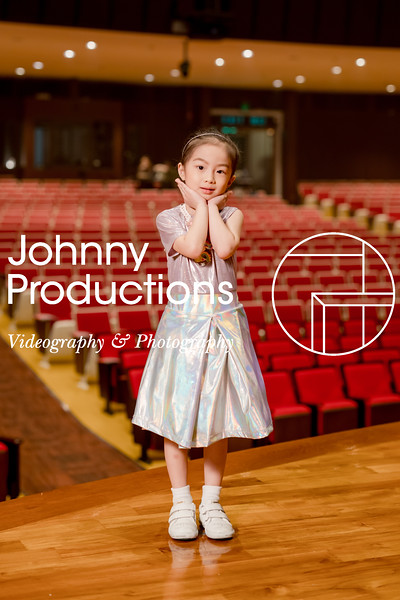 0026_day 1_orange & green shield portraits_red show 2019_johnnyproductions.jpg