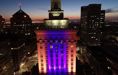 Photos: Oakland celebrates Warriors with blue, gold lights