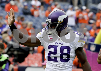 saints-32yearold-adrian-peterson-agree-on-2year-contract