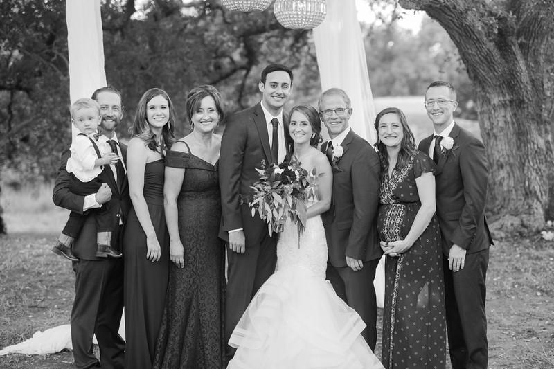 Alexa + Ro Family Portraits-21.jpg