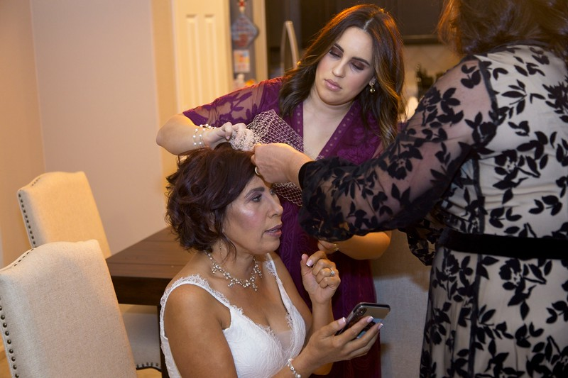 112020_Wedding-180720-GettingReady-0086.jpg