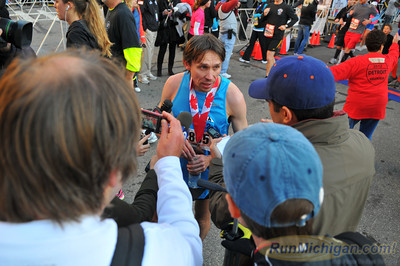 Marathon Finishers, Gallery 4 - 2012 Detroit Free Press Marathon