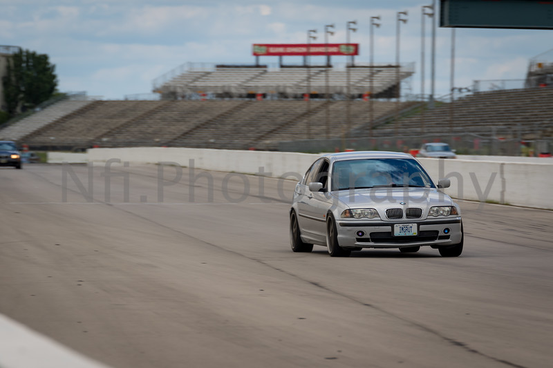 Flat Out Group 4-132.jpg