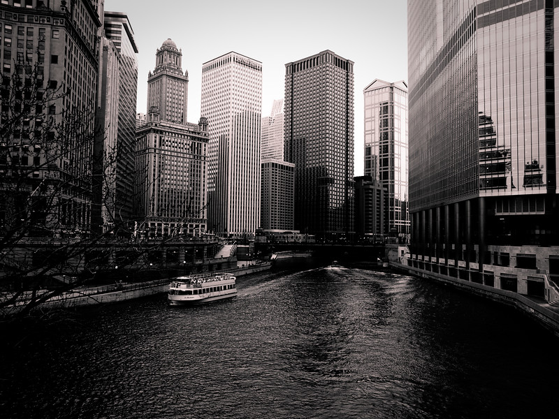 Chicago river in downtown Chicago at the Michigan Ave Bridge