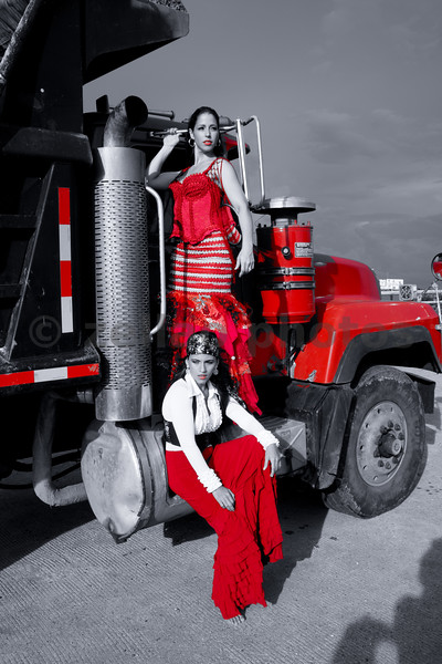 Flamenco Dancers Anita Loynaz and Carolina Pizzocaro