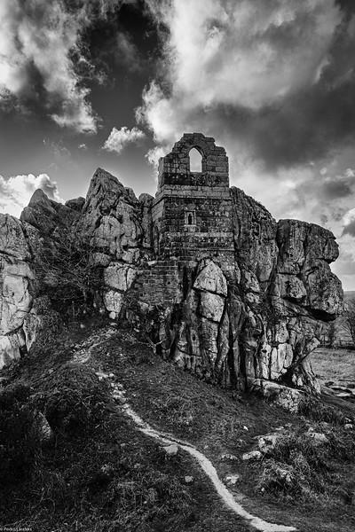 Roche Rock Gothic 2