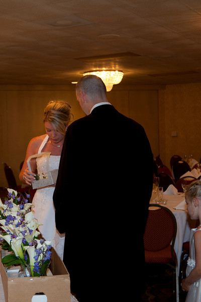 Shirley Wedding 20100821-08-58 _MG_9493.jpg