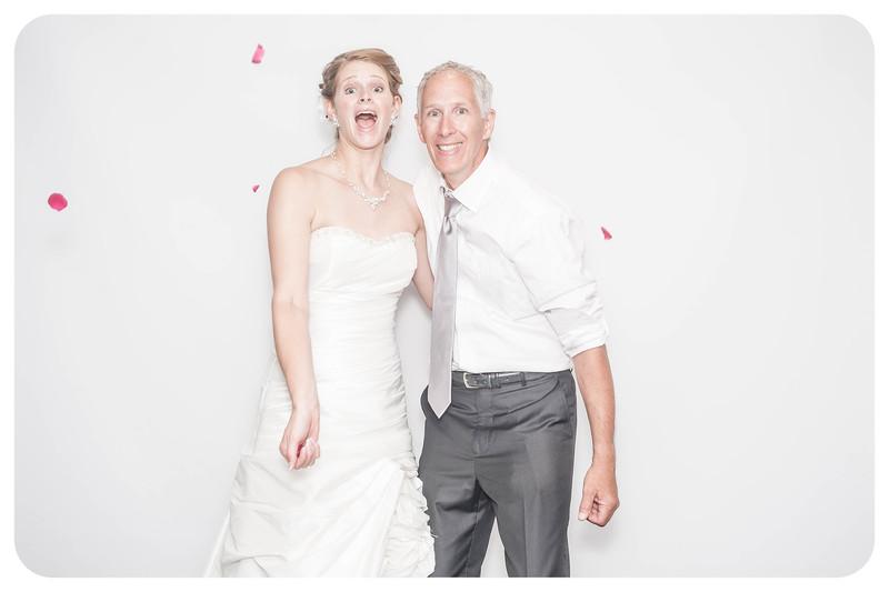 Laura+Ross-Wedding-Photobooth-081.jpg