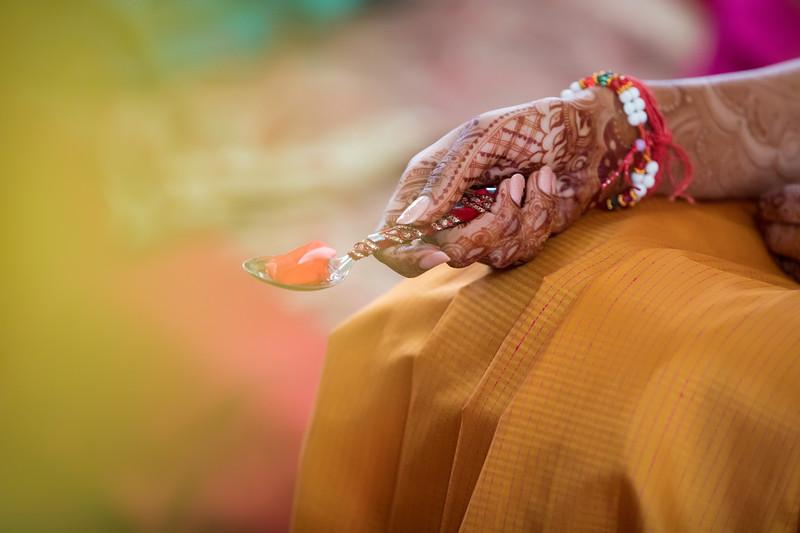 Hina_Pithi_Pooja-105.jpg