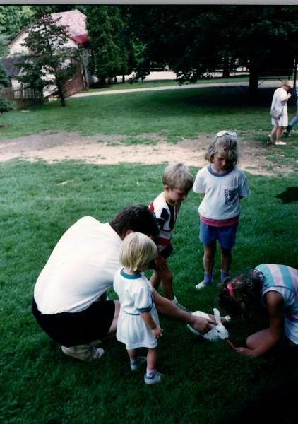1989_Spring_Amelia_birthday_trip_to_pgh_debbie_0026_a.jpg