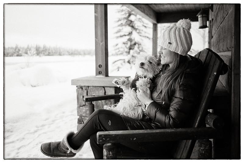 1-Dog-and-snow-M3-35-cron-v1-Tri-X.jpg