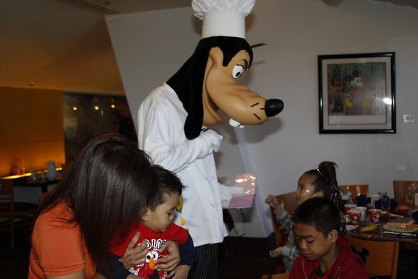 2010-12-03_Disney Trip