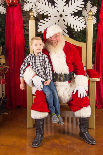 Santa 12-16-17-148.jpg