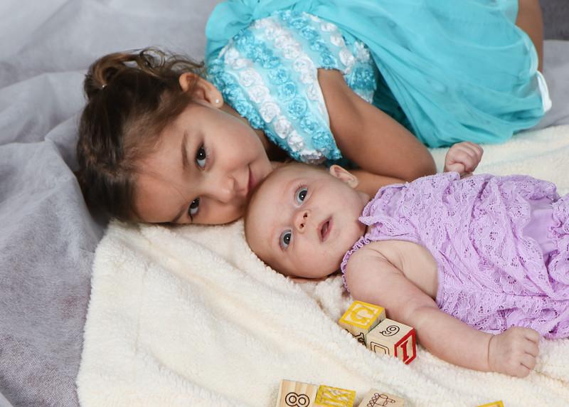 Avery and Corina Pelto-7343.jpg