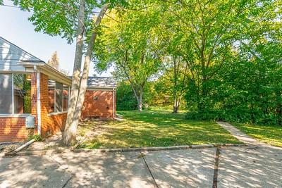 27426 Morningside Plaza, Lathrup Village, MI