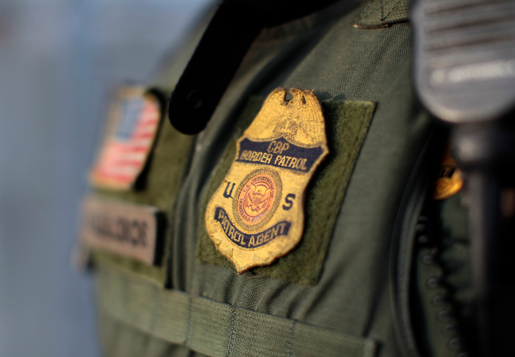 . U.S. Customs and Border Patrol agent Manny Villalobos suits up for his night patrol along the international border between Mexico and the United States near San Diego, California, March 26, 2013. Picture taken March 26, 2013.  REUTERS/Mike Blake