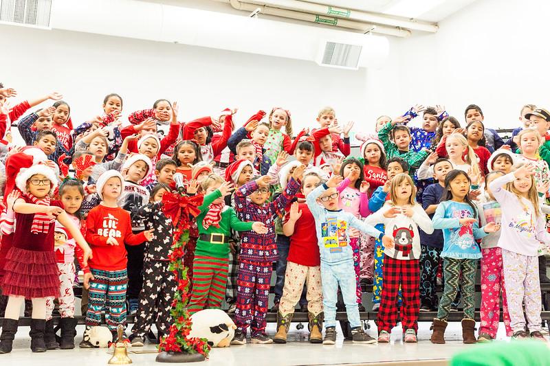 Christmas First Grade-102.jpg