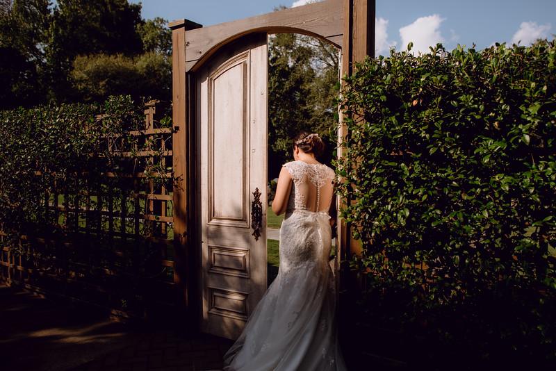Kaitlin_and_Linden_Wedding_Pre_Ceremony-40.jpg