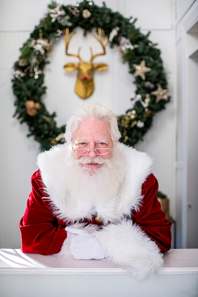 Avalon_BreakfastWithSanta_2019_9324.jpg