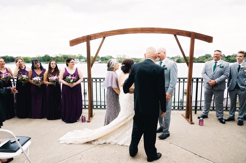 chateau-on-the-river-trenton-michigan-wedding-0256.jpg