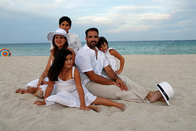 Beach Family Portraits Samples