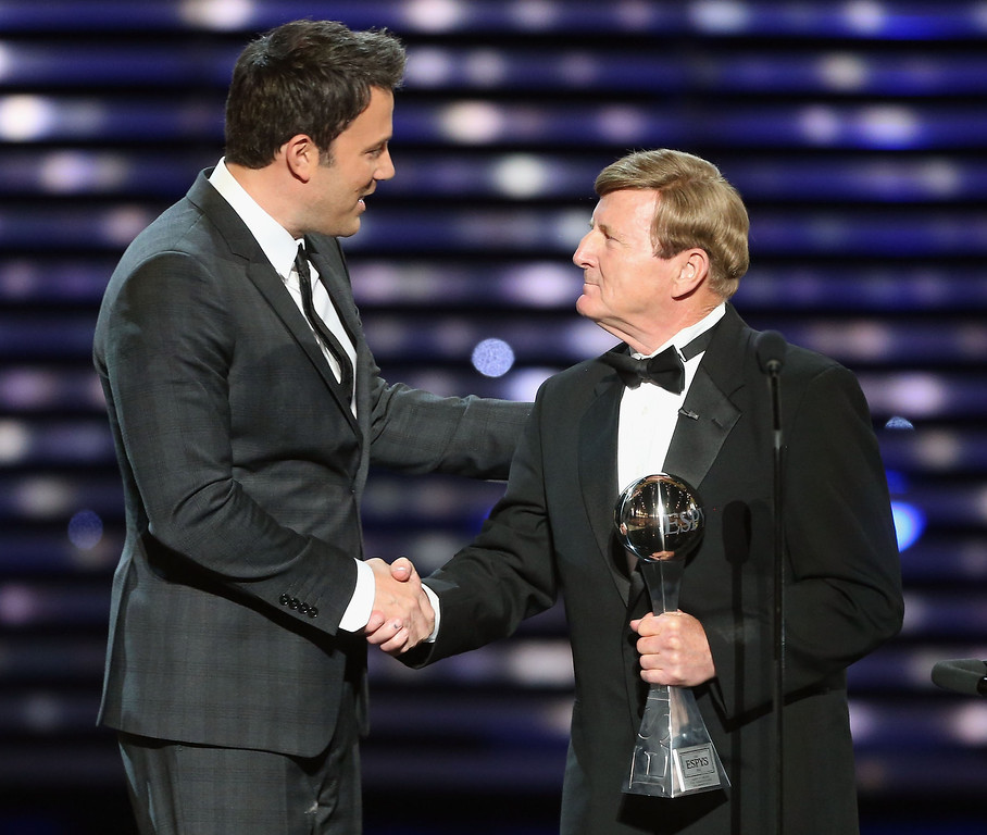 . (L-R) Actor Ben Affleck and Jimmy V award recipient Dick Hoyt  onstage at The 2013 ESPY Awards at Nokia Theatre L.A. Live on July 17, 2013 in Los Angeles, California.  (Photo by Frederick M. Brown/Getty Images for ESPY)